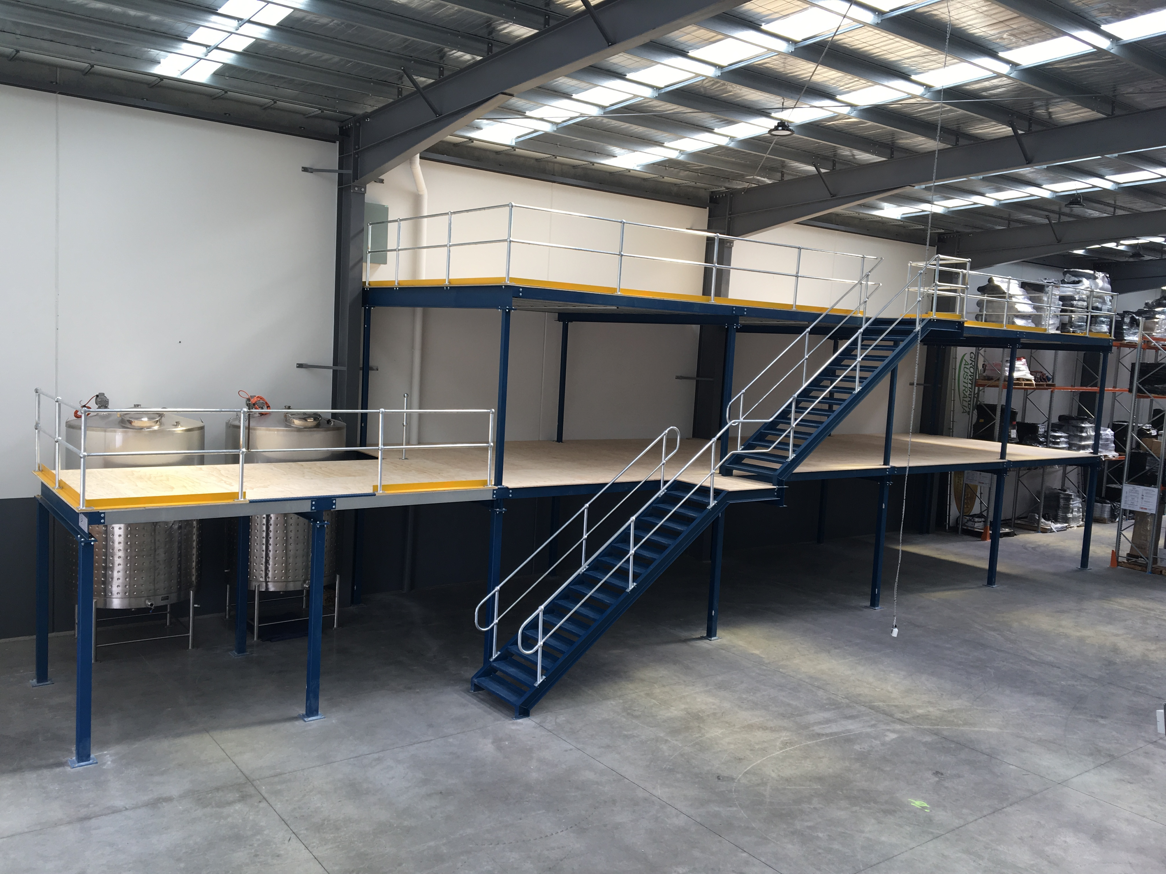 mezzanine floors in warehouse